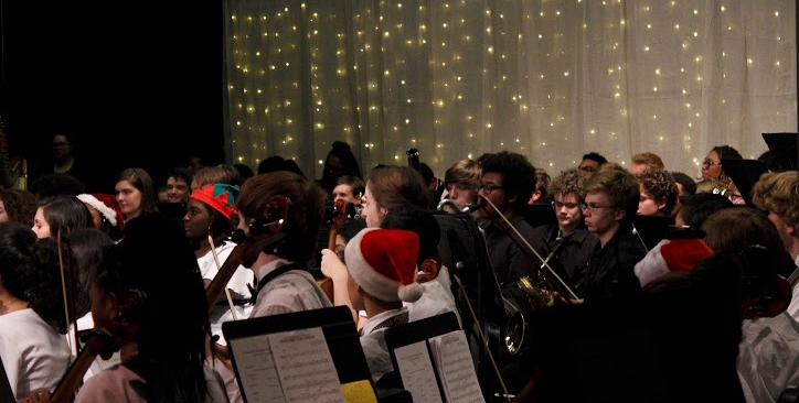 Students performing during the Winter Concert. Photo by Skye Bragan.
