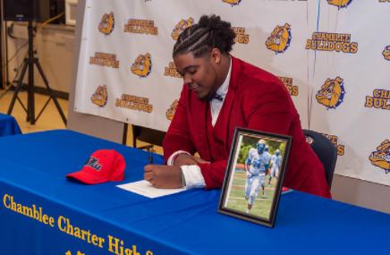 CCHS Football Star Signed to SEC Juggernaut