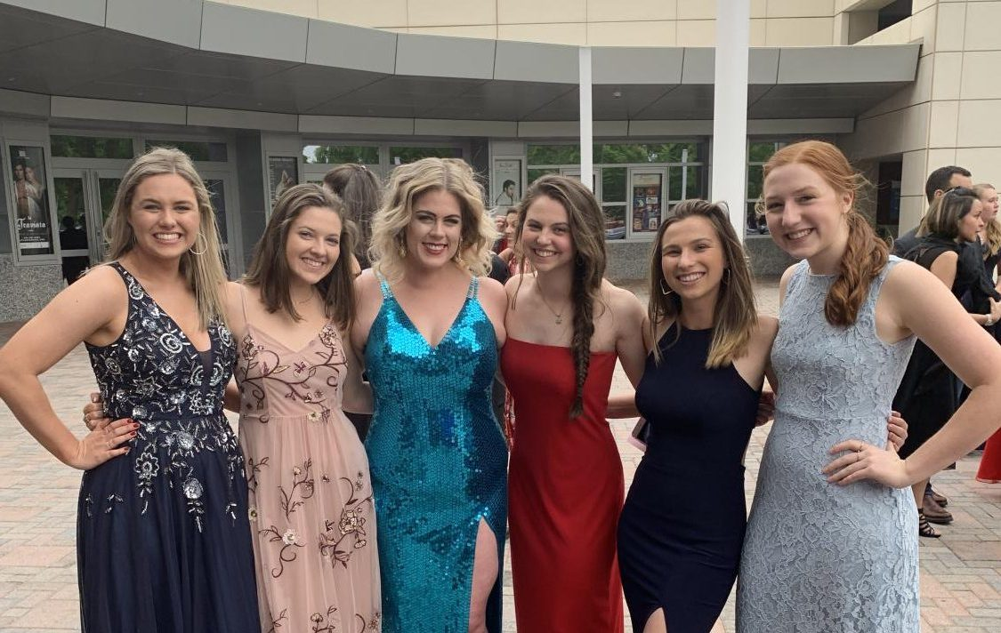 From the left: Chamblee students Sidney Johnson, and Kathryn Penn, literature teacher Brooke Arrington, and students Lucy Adelman, Ellie Gies, and Nicole Arendt attending the 2019 Shuler Awards.