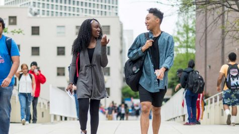 Students stroll Georgia State