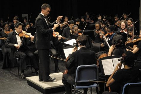 """String"" it on: New Orchestra Director Looking for Fresh Challenge"