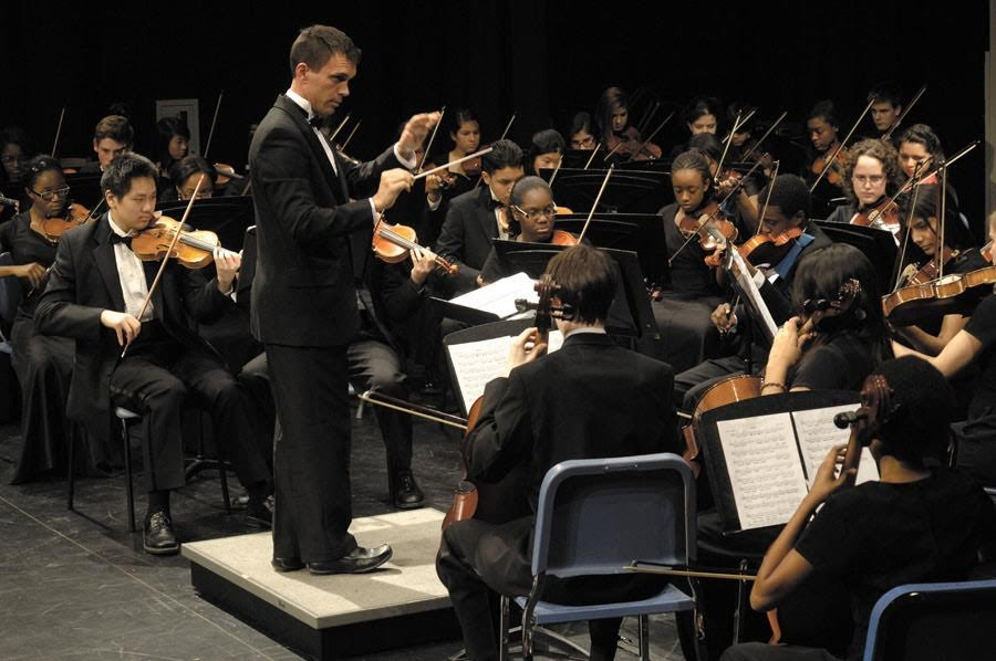 """""""String"""" it on: New Orchestra Director Looking for Fresh Challenge"""