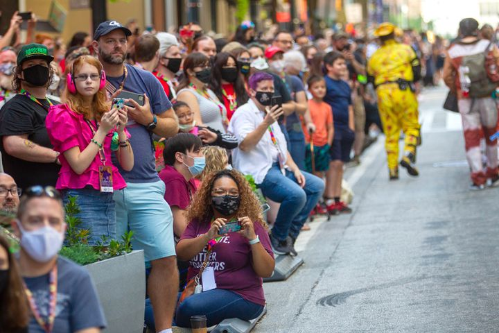 Onlookers+at+the+Dragon+Con+Parade+2021+