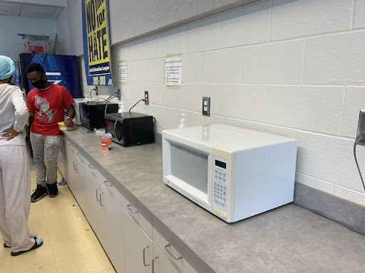 Chamblee's cafeteria and one of the few working microwaves